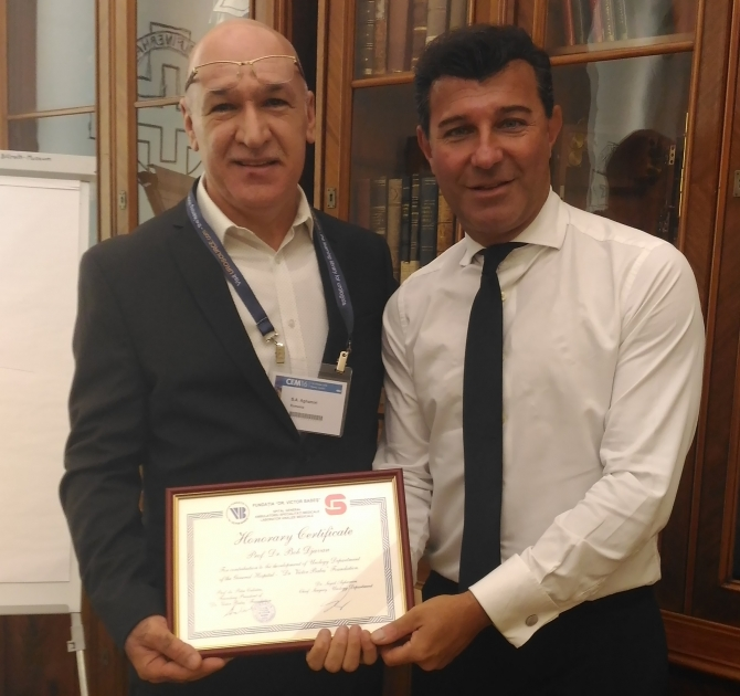 Profesor dr. Bob Djavan și Seyed Aghamiri, echipa medicală care va da consultatii la Fundația Victor Babeș
