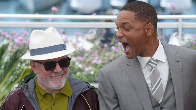 Almodovar și Will Smith; prieteni angajați în polemică