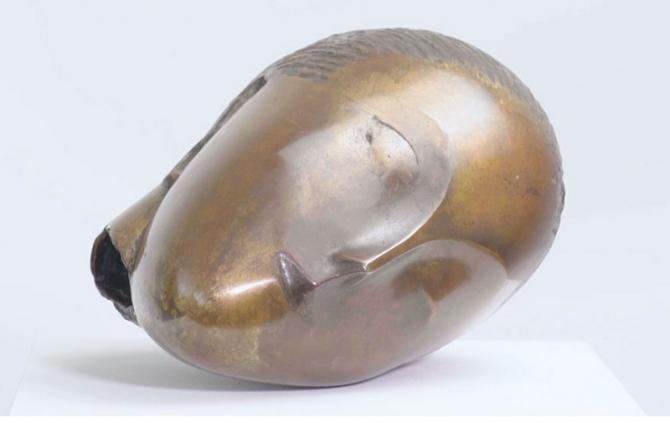 Muza adormita de Constantin Brancusi
