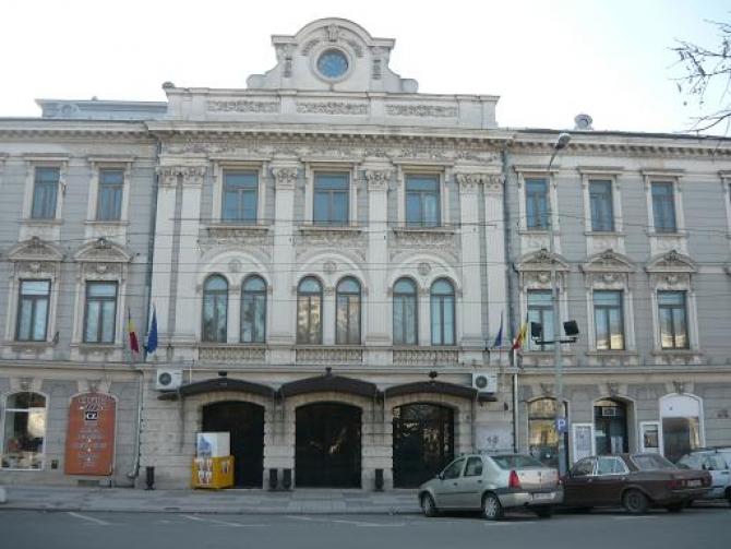 (w670) Teatrul Ma