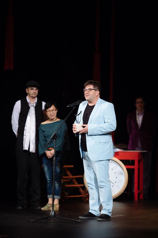 Atilla Gasparik, Bernice Chan, Alex Bogdan (foto Adi Bulboaca)