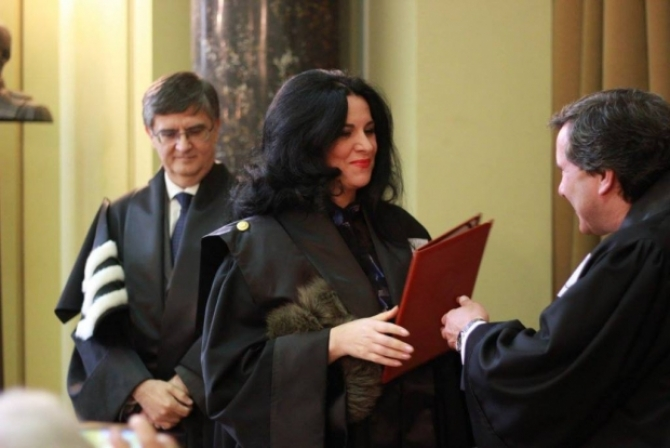 (w670) La ceremon