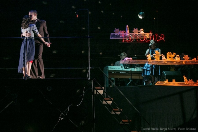 Regizorul Radu Olăreanu a montat Menajeria de sticlă la Teatrul Studio din Tg. Mureş
