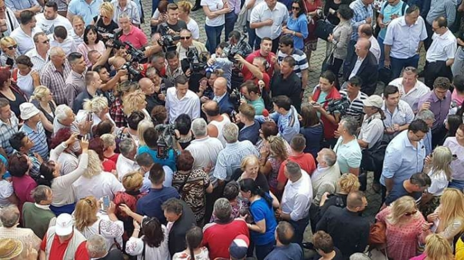 Sorin Grindeanu, baie de mulțime