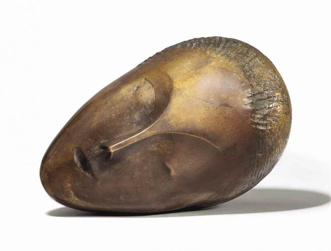 Muza adormită de Brâncuşi, vândută cu 57.367.500 de dolari