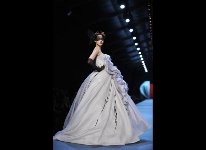 Moda şi Belle Epoque la Dior