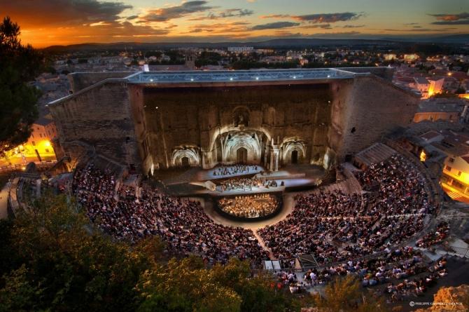 (w670) Teatru rom