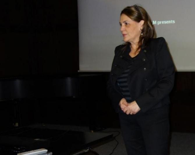 (w670) Cristina H