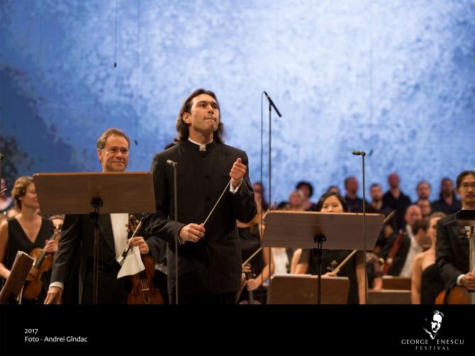 2 septembrie. London Philarmonic Orchestra. Foto Andrei Gindac