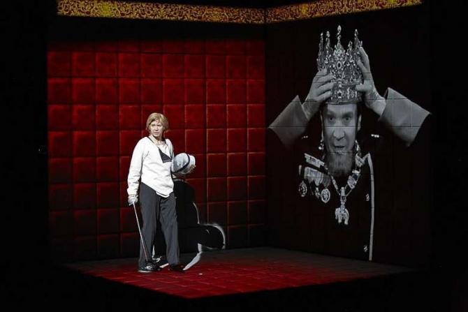 HAMLET COLLAGE în regia lui Robert Lepage