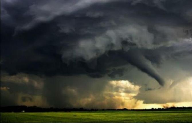 Imagini pentru tornada
