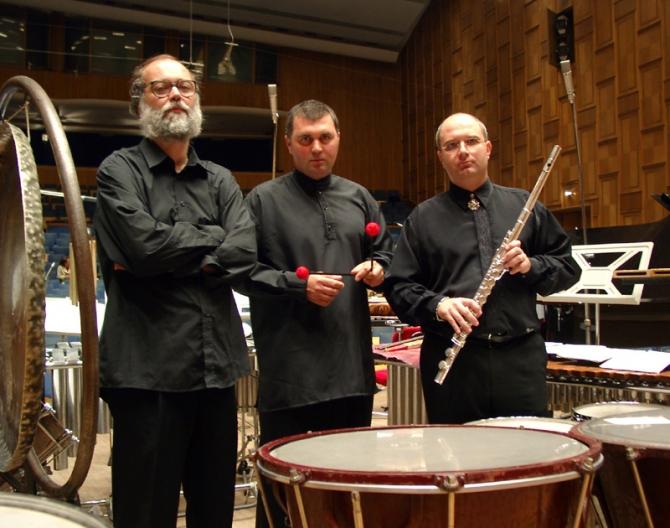 (w670) Trio Contr