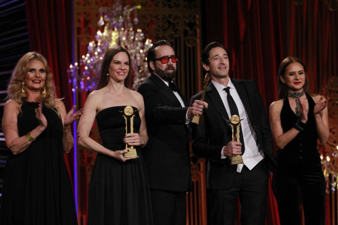 Cele trei mari staruri (si gazdele lor) omagiate; Hilary Swank, Nicolas Cage și Adrien Brody