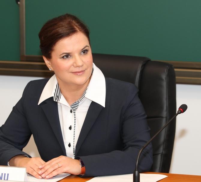 Alina Bârgăoanu, decan al Facultății de Comunicare și Relații Publice - SNSPA (Sursă foto: Comunicare.ro)