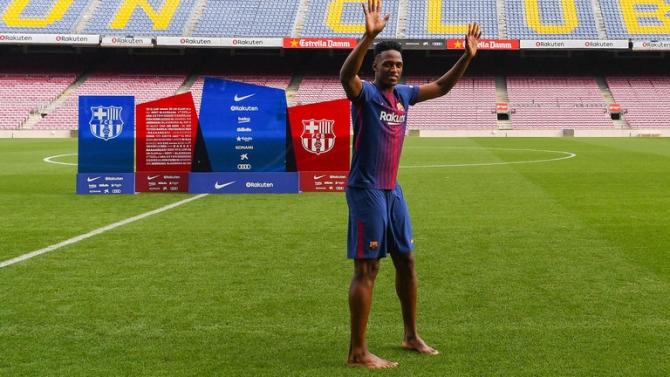 Yerry Mina, prezentat oficial la Barcelona (Foto: SkySports.com)