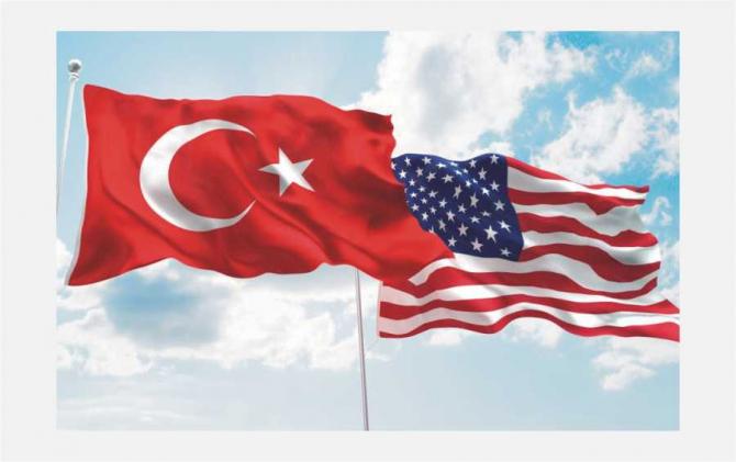 Steaguri Turcia si SUA