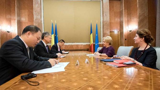 Prim-ministrul Viorica Dăncilă, întrevedere cu ambasadorul Republicii Populare Chineze în România, Xu Feihong