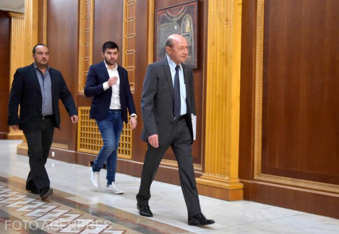 Plecări din PMP. Singurul pe care îl regretă Băsescu