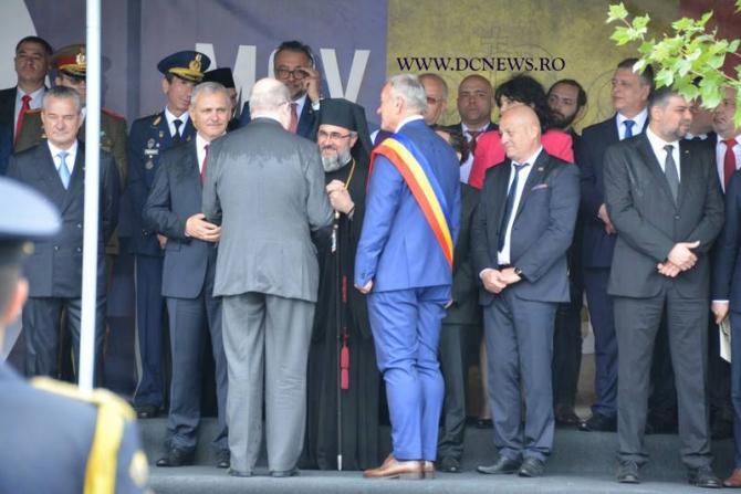 Ziua Eroilor: Dragnea, controversă la Buzău. Adevărul despre huiduieli