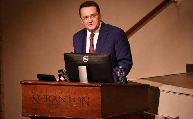 George Maior , ambasadorul României la Washington