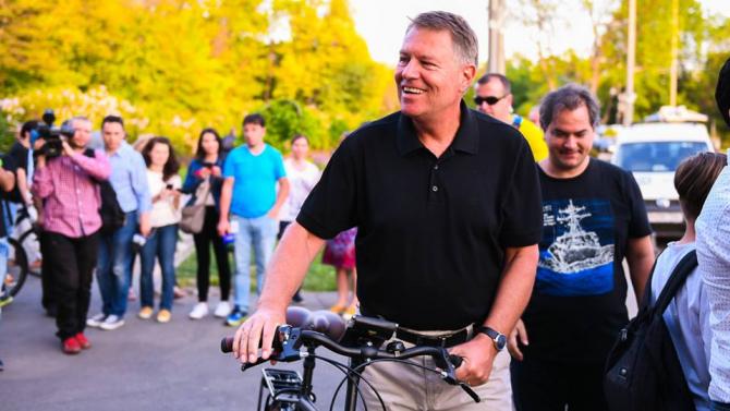 Klaus Iohannis pleacă din București. Anunțul Administraţiei Prezidenţiale