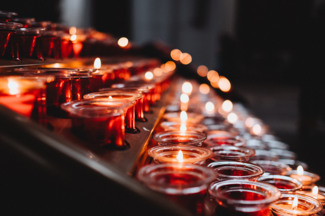 Cluj. Tragedie după ce o mașină a luat foc într-o benzinărie