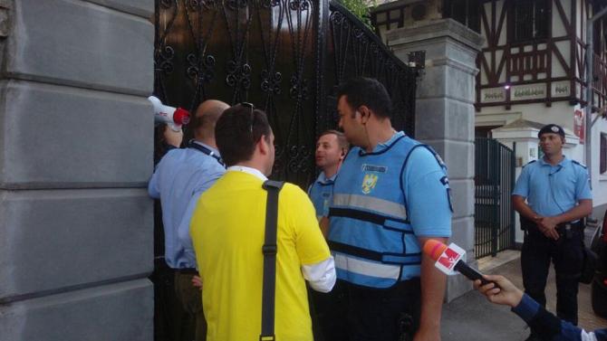 PROTEST 12 MAI. Cristian Mihai Dide și Tudor Cârstoiu, la DCNEWS