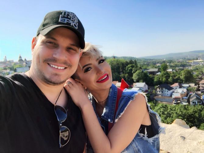 Giulia și Vlad Huidu