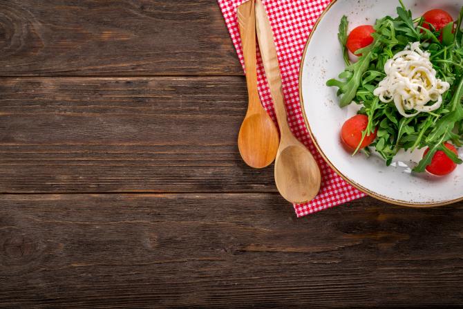 Trucuri simple care te ajută să elimini din calorii
