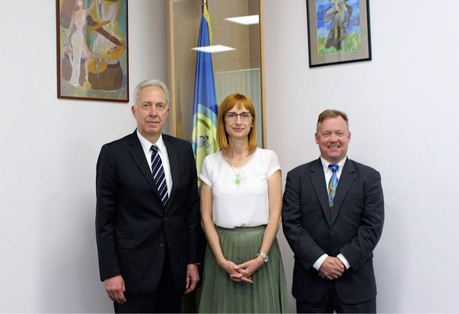 Anca Jurma, alături de ambasadorul SUA și atașatul FBI