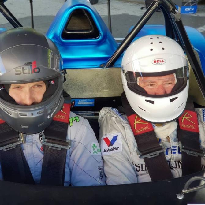 Dani Oțil și tatăl, la curse