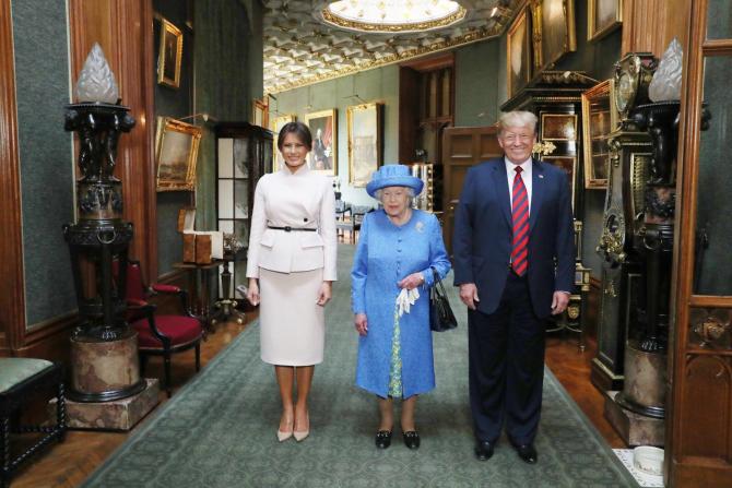 Trump în vizită la Casa Regală Britanică