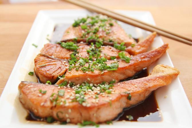 Pestele gras este o sursa bogata de vtamina D