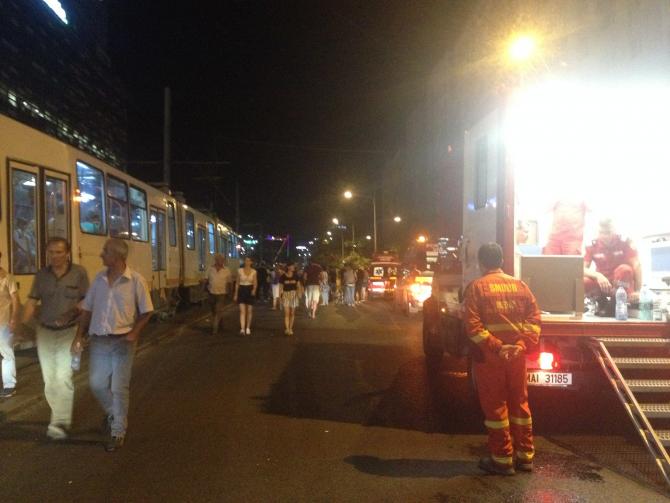Vineri seara, sute de oameni au avut nevoie de ajutorul ambulantelor