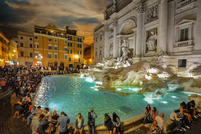 Fontana di Trevi, Roma, seara