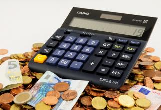 CURS BNR, 12 decembrie 2018. Schimb valutar: Dolarul, creștere fulminantă
