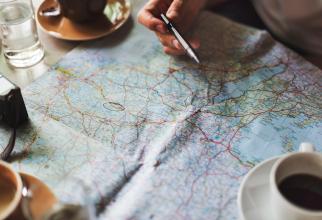 Vrei să pleci din România? Astrolog: Când e momentul oportun