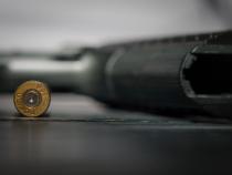 Atac armat în SUA. Mai multe victime, printre care patru polițiști