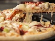 Dieta Tisanoreică. Slăbești 9 kilograme și mănânci cât vrei: pizza,...