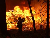 Incendiu la o mănăstire. Intervenție de urgență