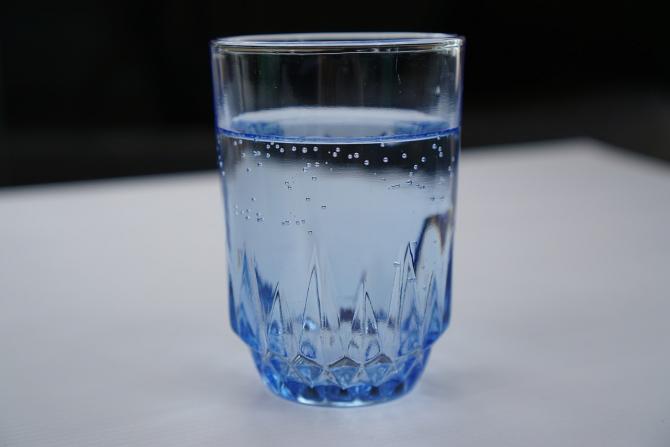Dieta cu apa. Cum poţi să slăbeşti cu apă minerală - loungeradio.hu