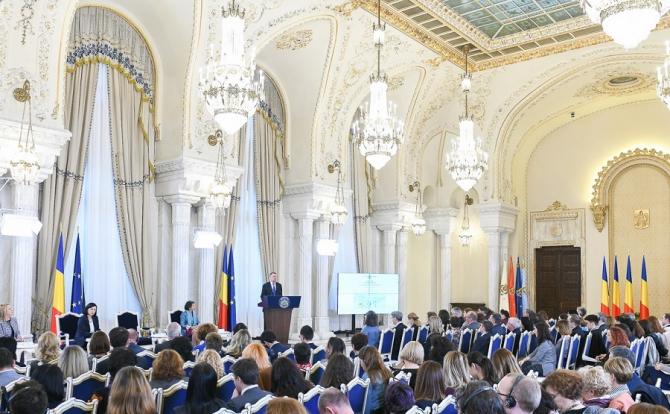 Autostrada Unirii - legea va fi promulgată de Iohannis într-o ceremonie solemnă