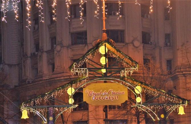 Târgul de Crăciun București - Piața Constituției