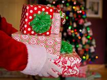 Serbare de Crăciun, întreruptă de o bătaie între părinţi