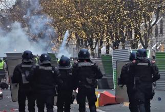 Protest 'Vestele galbene': Sâmbătă, mobilizare 'excepțională' a forţelor de ordine
