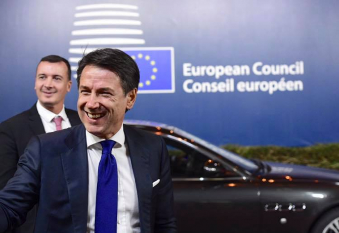 Premierul Giuseppe Conte, Italia