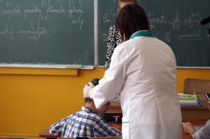 Firea: Rețeaua de Medicină Școlară din București a devenit un model de bune practice la nivel național.
