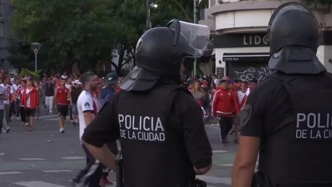 Violențe pe stadioane: Preşedintele Argentinei, o nouă lege dură