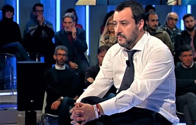 Azil în Italia: Matteo Salvini, gafă la radio
