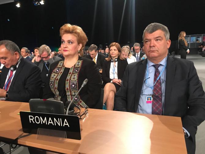 Ministrul Mediului, Grațiela Gavrilescu, alături de ambasadorul României în Polonia, Ovidiu Dranga